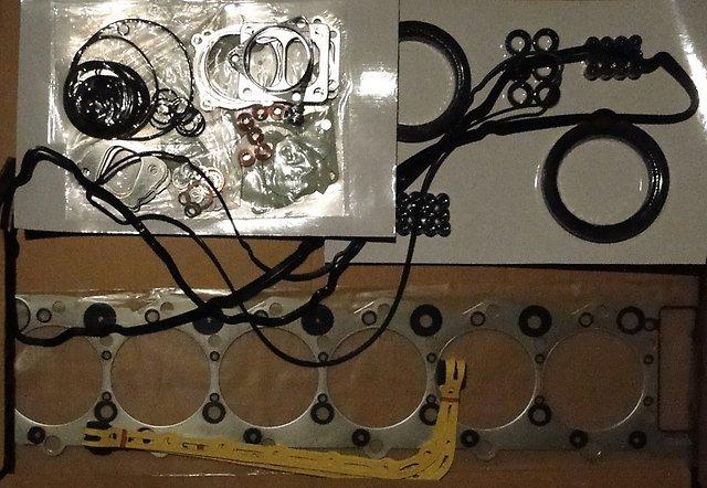 Набор прокладок двигателя 6HK1 1878129821/1878129820/1878145470/1878129821/1878129822/1878129823/1878155990
